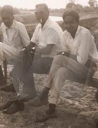 à la campagne,Rue du Gouverneur Campistron, Tuléar, Madagascar,1958,,Collection K. VALABDAS - I. PIARALY MAOUDJEE