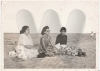 Pique nique à Ifaty ?,Ifaty, Madagascar,1962,,Collection Yasmini Goulamabasse
